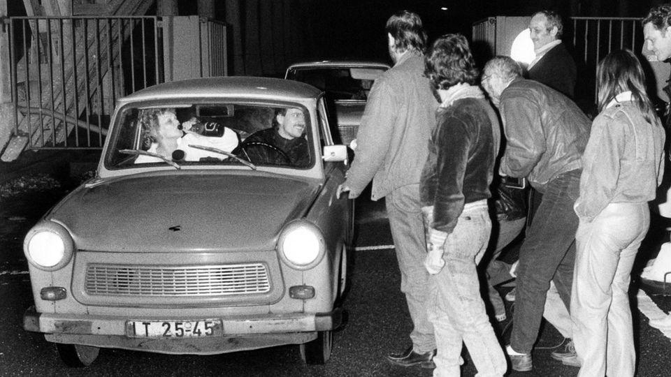 30 Jahre Mauerfall Grenzübergang Bornholmer Straße