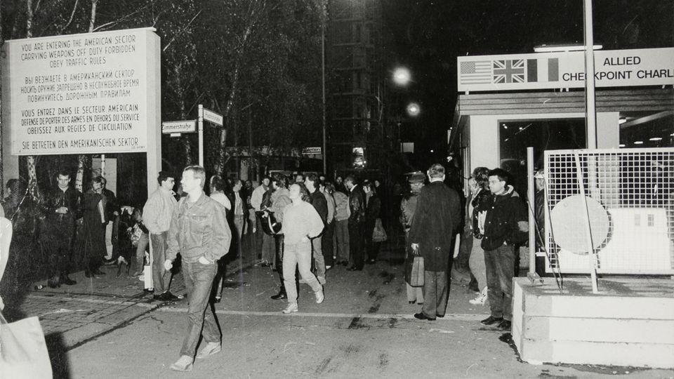30 Jahre Mauerfall Checkpoint Charlie