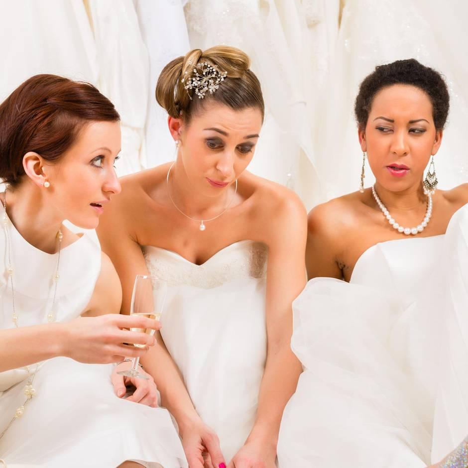 Zwischen Sekt und Sorgenwand: Ich war als Single auf einer Hochzeitsmesse, doch für die Braut war es schlimmer
