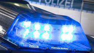 Blaulicht an einem Polizeiwagen