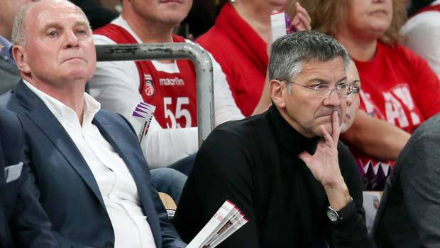 """""""Riesige Fußstapfen"""": Uli Hoeneß (l.), und Herbert Hainer"""