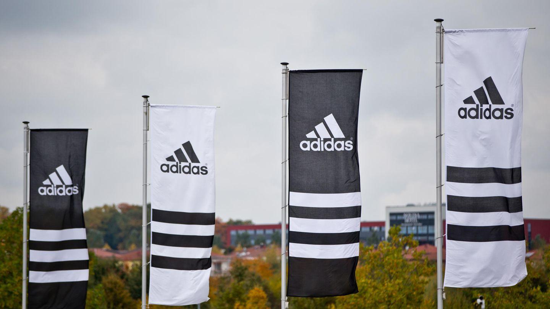 Adidas-Flaggen