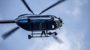 Nachrichten aus Deutschland – Hubschrauber der Polizei Baden-Württemberg in der Luft