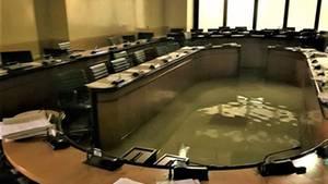 Der Sitzungssaal im Palazzo Ferro Fini stand am Mittwochabend etwa kniehoch unter Wasser