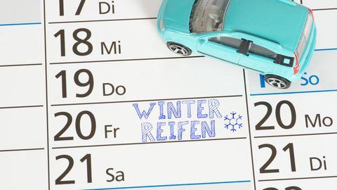 Im Winter gefrieren die Autoscheiben besonders häufig