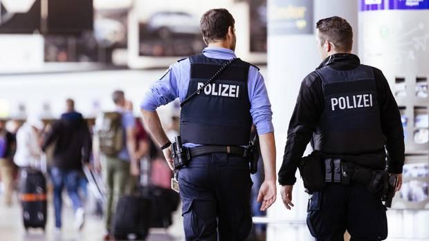 Zwei IS-Frauen in Frankfurt gelandet – nach Abschiebung aus Türkei
