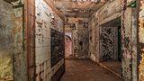 Das Inneredes Bunkers ist geräumiger, als man vermuten würde.
