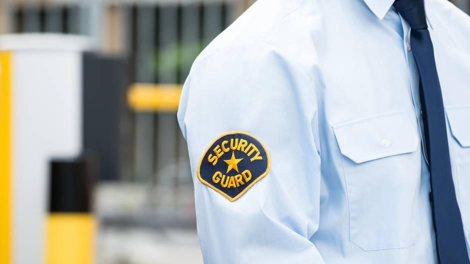 """Hemd mit der Aufschrift """"Security Guard"""""""