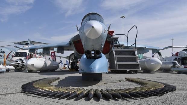 Bei der Dubai Air Show geht es auch viel um den Verkauf von Militärflugzeugen und Waffen