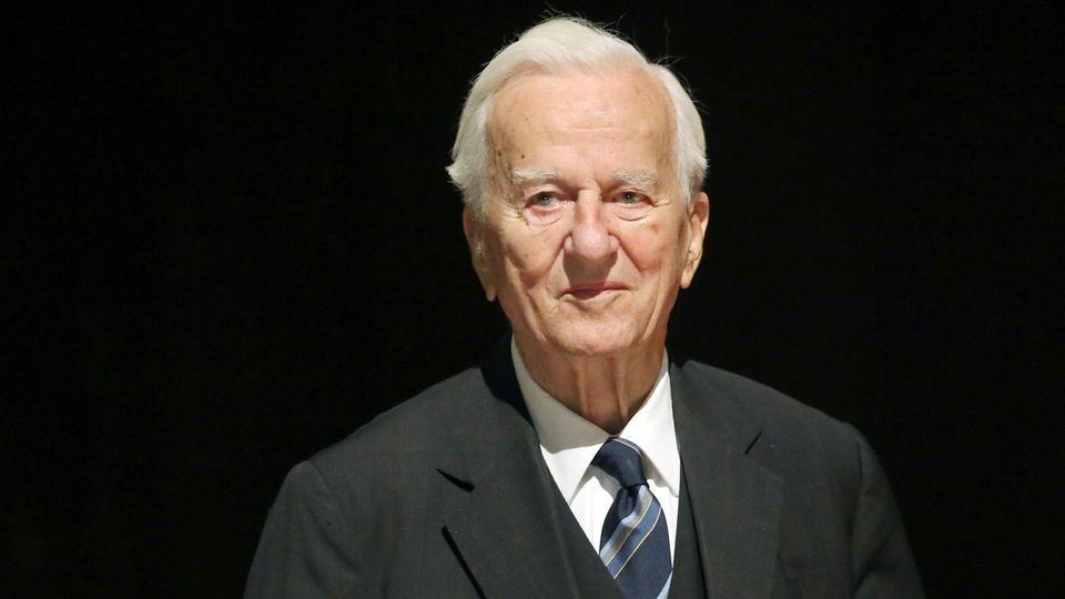 Altbundespräsident Richard von Weizsäcker 2013, zwei Jahre vor seinem Tod
