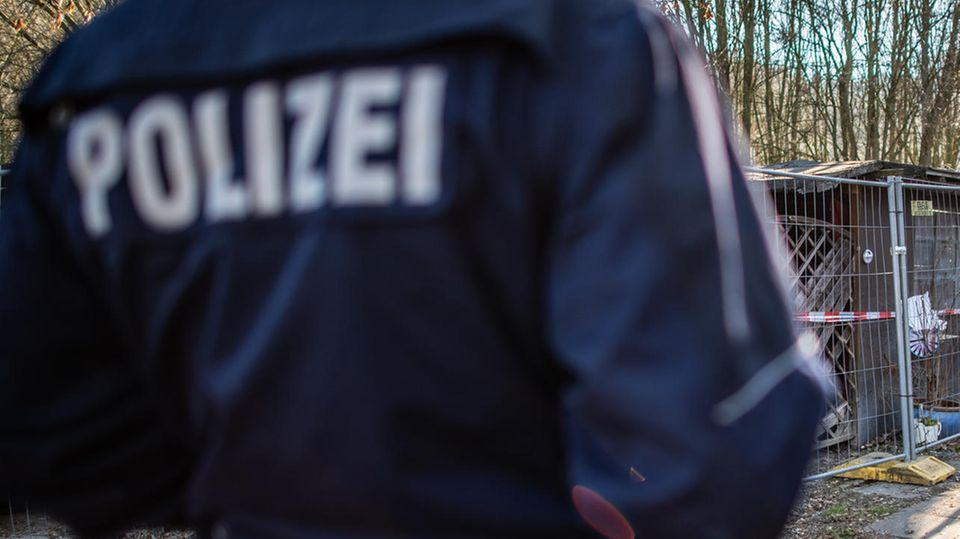 Ein Polizist in Nordrhein-Westfalen (Symbolbild)