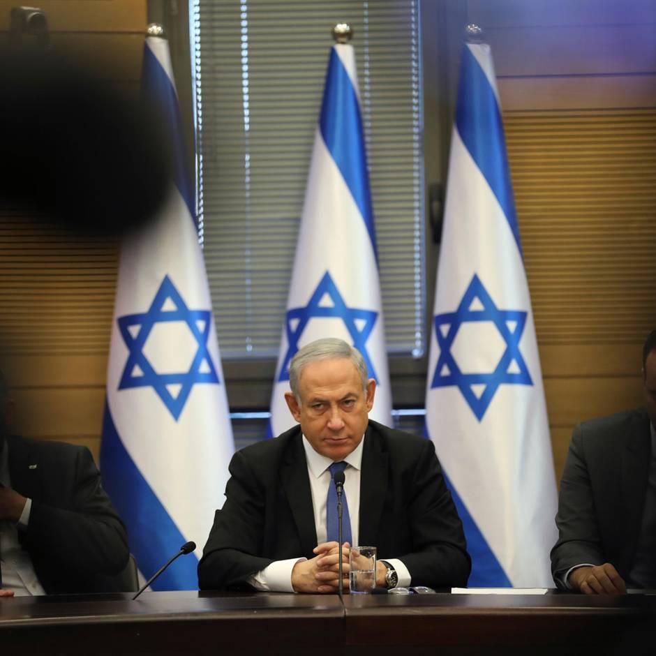 """Korruptionsvorwürfe: Netanjahu spricht von """"Hexenjagd"""": Was die drohende Anklage für ihn bedeutet – und für Israel"""