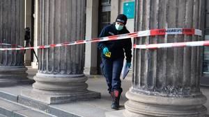 Spurensuche rund um das Residenzschloss in Dresden. Unbekannte sindin dasGrüne Gewölbe eingebrochen