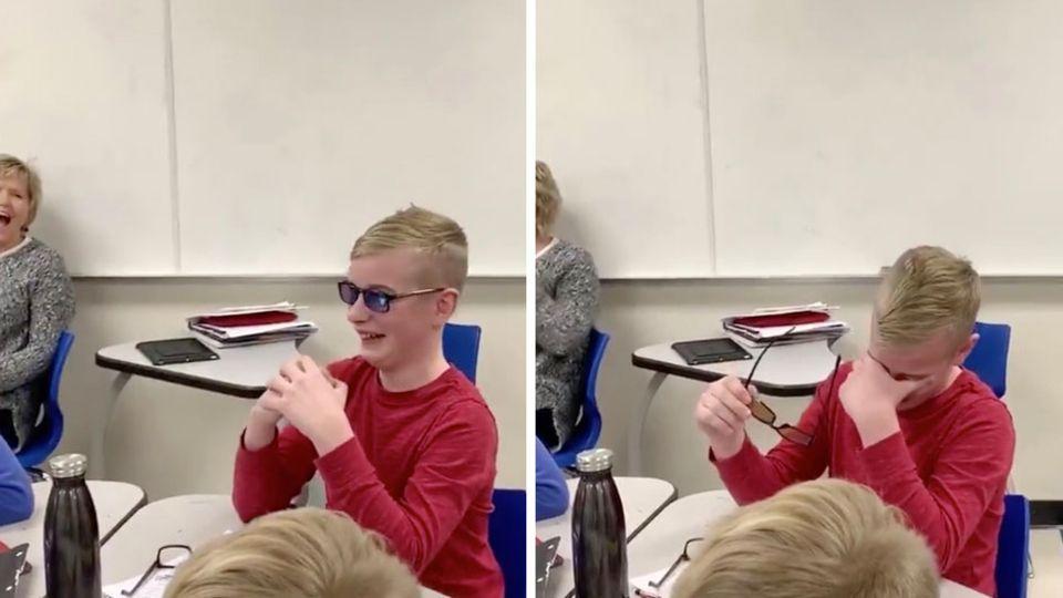 Mit einer speziellen Brille kann Jonathan das erste Mal in seinem Leben Farben erkennen