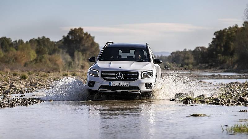 Kleinere Wasserdurchfahrten sind für den Mercedes-Benz GLB kein Problem