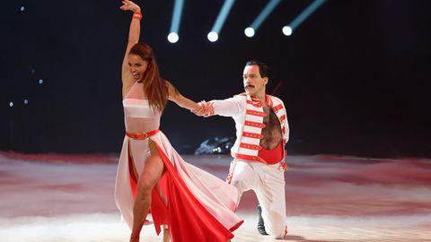 """Oliver Pocher und seine Tanzpartnerin Christina Luft am 9. November bei der Premiere der """"Let's Dance - Die Live-Tour 2019""""in der Westfalenhalle in Dortmund."""