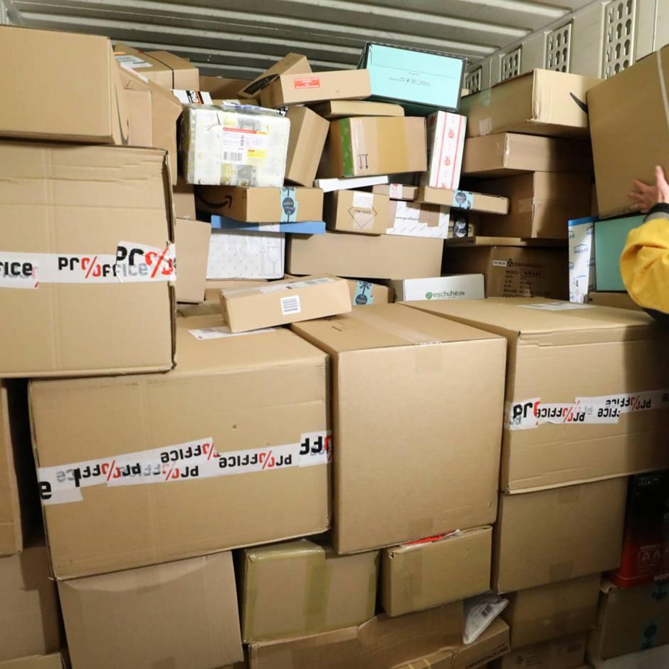 DHL, Hermes und Co.: Paketdienste im Test: Wer Päckchen am sichersten ins Ziel bringt