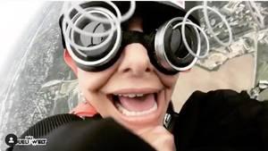 Sophia Thomalla lässt sich aus dem Helikopter schmeißen