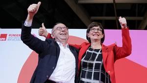 Norbert Walter-Borjans und Saskia Esken führen die SPD künftig an