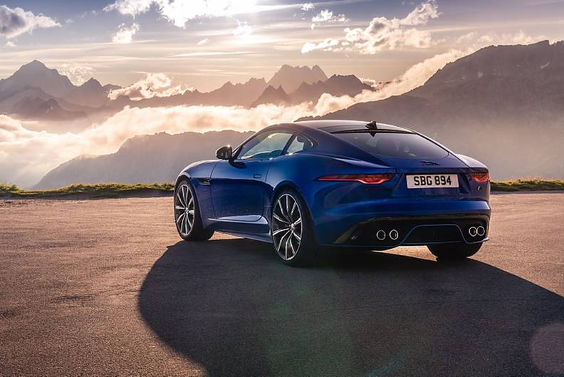 Der Jaguar F-Type R hat jetzt 423 kW / 575 PS