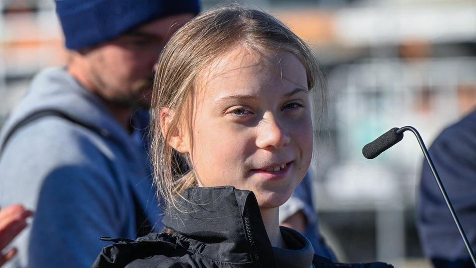 Greta Thunberg nach ihrer Ankunft in Lissabon