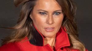 Melania Trump schaut ernst