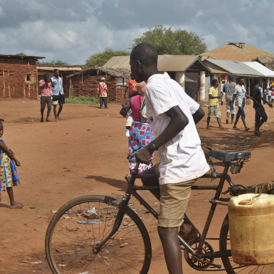 Kenia: Das passiert, wenn man bettelarmen Menschen 1000 Dollar gibt