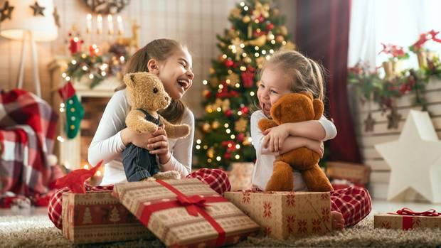 Leuchtende Kinderaugen an Weihnachten