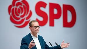 Michael Müller am Rednerpult