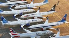Dutzende von fabrikneuen Boeing 737 MAX stehen auf demGrant County International Airport in Moses Lake im Bundesstaat Washington.