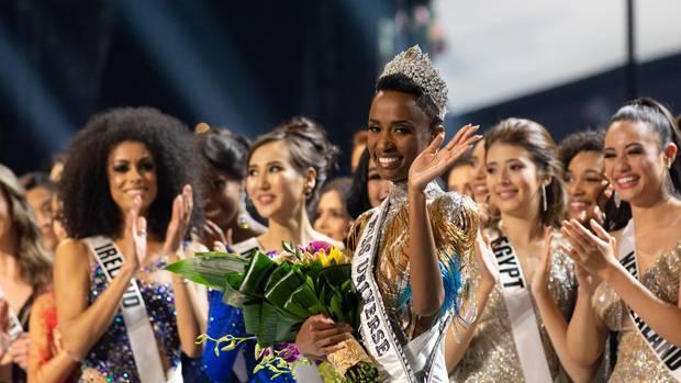 """News von heute: Neue """"Miss Universe"""" kommt aus Südafrika"""