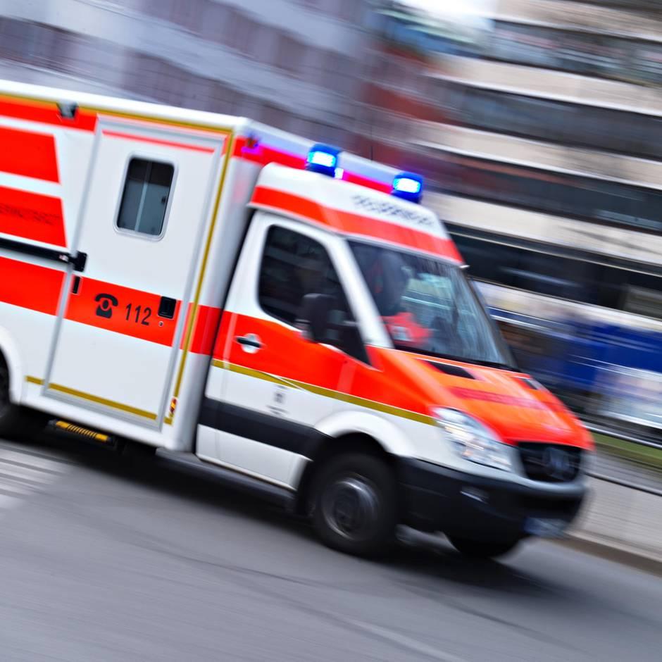 News von heute: Paar findet vor Tagungszentrum ausgesetztes Baby - und rettet ihm wahrscheinlich das Leben