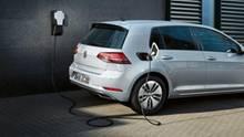 Der e-Golf ist ein Auslaufmodell und wird zusätzlich zu staatlichen Prämien massiv von Volkswagen rabattiert.