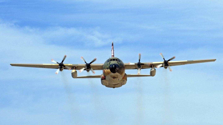 Transportflugzeug vom Typ C-130 Herkules