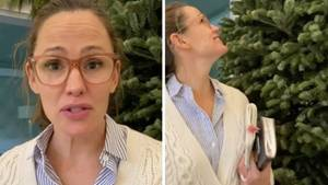 Jennifer Garner wundert sich über den gelieferten Tannenbaum