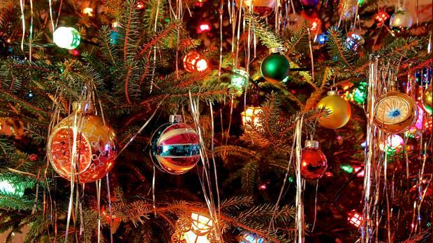 Lametta am Weihnachtsbaum