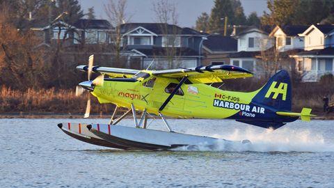 Wasserflugzeug beim Start