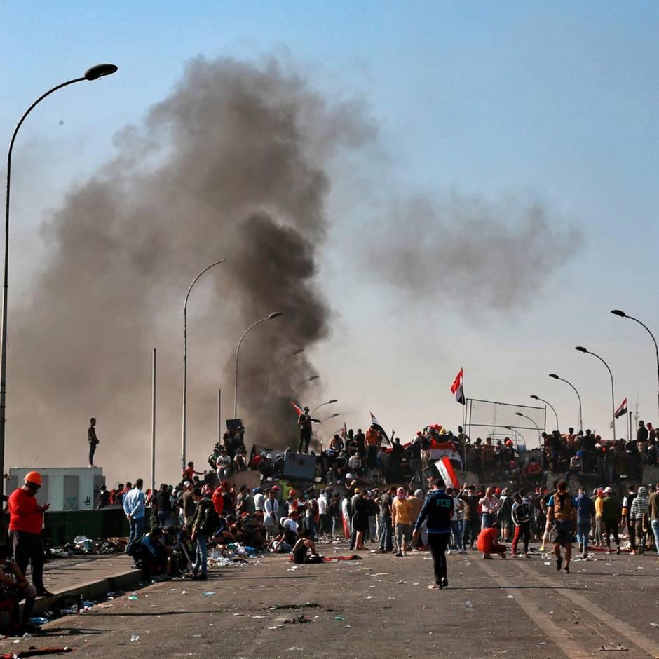 News von heute: 17-jähriger Junge in Bagdad von der Menge gelyncht