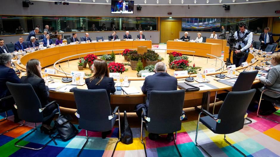 Belgien, Brüssel: Die EU-Staats- und Regierungschefs nehmen an einem Roundtable-Meeting teil