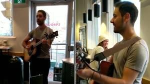 Viraler Auftritt: Starbucks-Mitarbeiter kündigt seinen Job mit einem Ständchen