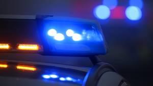 Nachrichten aus Deutschland: Blaulicht auf dem Dach eines Polizeiautos