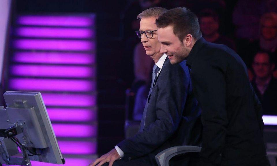 Günther Jauch und Kandidat Erik Asmus