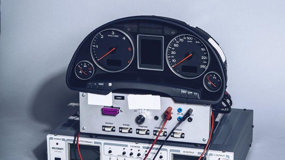 Auto-Elektronik