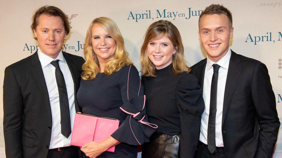 Linda de Mol mit ihrem LebensgefährtenJeroen Rietbergen sowie ihren Kindern Noa und Julian