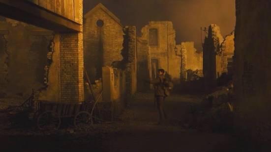 """Bond-Regisseur Sam Mendes: Exklusiver Einblick in """"1917"""": Soldat rennt in zerstörter Stadt um sein Leben"""