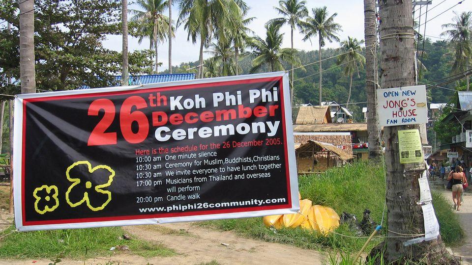 Ein Jahr nach der Katastrophe: Auf Koh Phi Phi findet eine Gedenkveranstaltung für Überlebende und Angehörige der Opfer statt.
