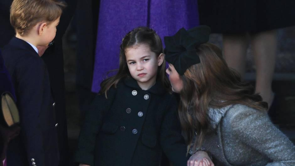 Herzogin Kate mit ihren beiden Kindern Prinz George und Prinzessin Charlotte