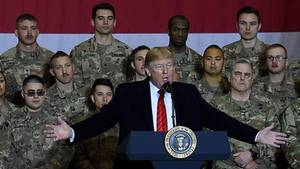 Donald Trump unter US-Soldaten in Afghanistan