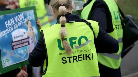 Eine Teilnehmerin des UFO-Streiks