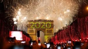 Arc de Triomphe an Silvester 2020